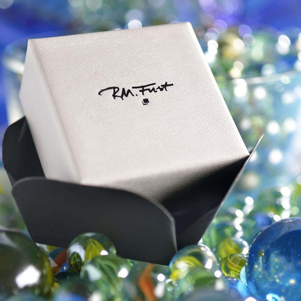 Jewel box Innova